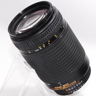 ニコン(Nikon)の⭐️もっと遠くへ⭐️Nikon 70-300mm 大迫力の超望遠レンズ・美品(レンズ(ズーム))