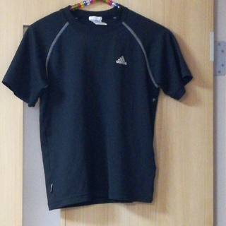 アディダス(adidas)のadidas黒140Tシャツ(Tシャツ/カットソー)