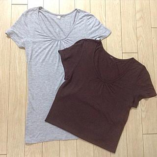 ユニクロ(UNIQLO)の夏物セール‼️ユニクロTシャツ 2枚セット レーヨン100%(Tシャツ(半袖/袖なし))