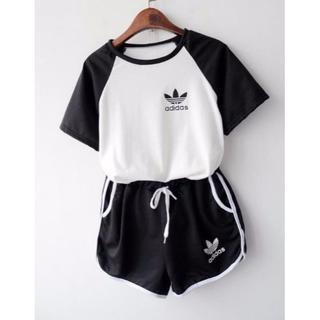 アディダス(adidas)の可愛いadidasセットアップ Mサイズ ブラック(Tシャツ(半袖/袖なし))