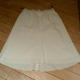 セブンアイディコンセプト(7-Idconcept)の7ID 白スカート(ひざ丈スカート)