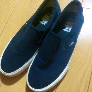MAD FOOT(マッドフット)の紺色 スリッポン mad foot レディースの靴/シューズ