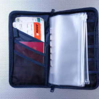 MUJI (無印良品) - 無印用品パスポートケース