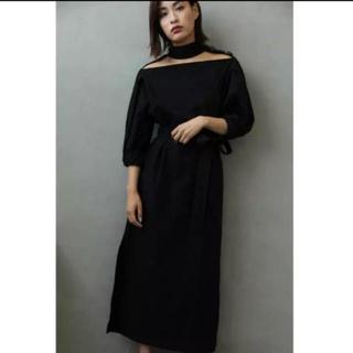 アーキ(archi)のdecollete cut off dress(ロングワンピース/マキシワンピース)