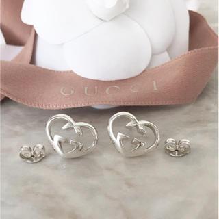 eaefbf155799 グッチ(Gucci)の正規品 グッチ ピアス ハート GG シルバー 銀 925 ロゴ イヤリング