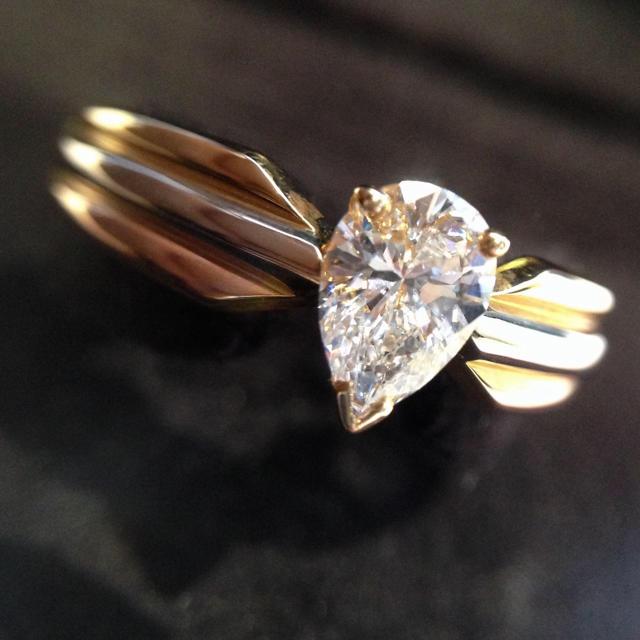 Cartier(カルティエ)のカルティエ VVS1 Fカラー ダイヤモンド K18 指輪 リング レディースのアクセサリー(リング(指輪))の商品写真