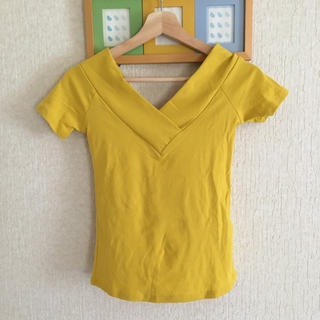 ニーナ(Nina)の半袖Vネックカットソー(カットソー(半袖/袖なし))