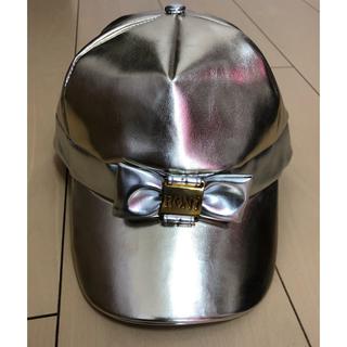 ロニィ(RONI)のroni ゴールド キャップ 帽子 リボン エナメル(帽子)