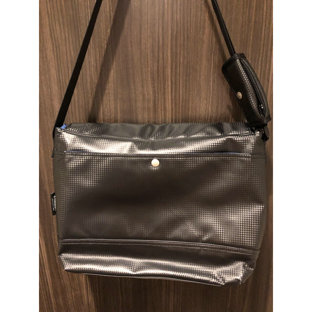 NOMADIC(ノーマディック)のメンズ ショルダーバッグ nomadic メンズのバッグ(ショルダーバッグ)の商品写真