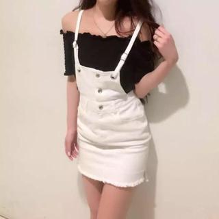 デイライルノアール(Delyle NOIR)の新品♡デイライル♡デニムサロペットスカート&シャーリングTシャツ(サロペット/オーバーオール)