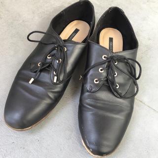 フォーエバートゥエンティーワン(FOREVER 21)のFOREVER21 レザー フラットシューズ ブラック 黒 紐靴 革 皮(ローファー/革靴)