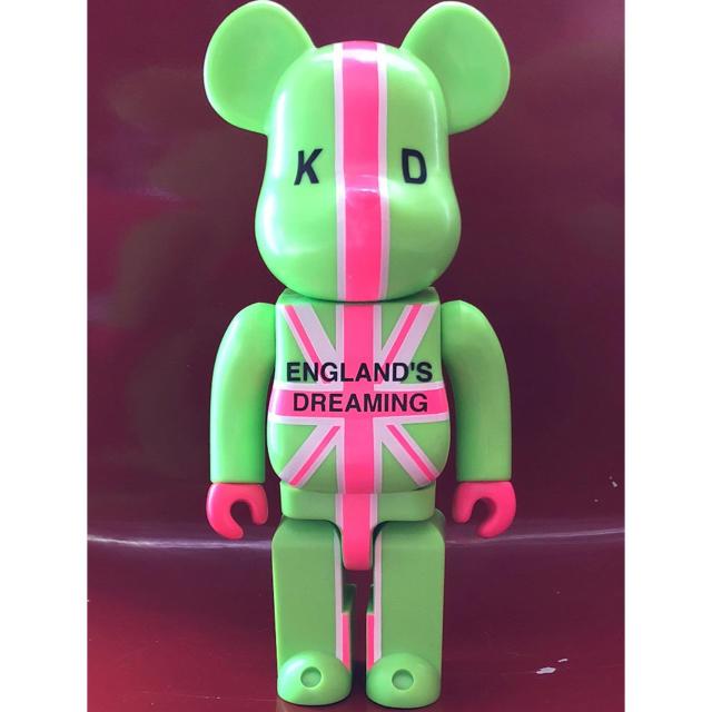 MEDICOM TOY(メディコムトイ)の《ENGLAND'S DREAMING KD》400% ベアブリック フィギュア エンタメ/ホビーのフィギュア(その他)の商品写真