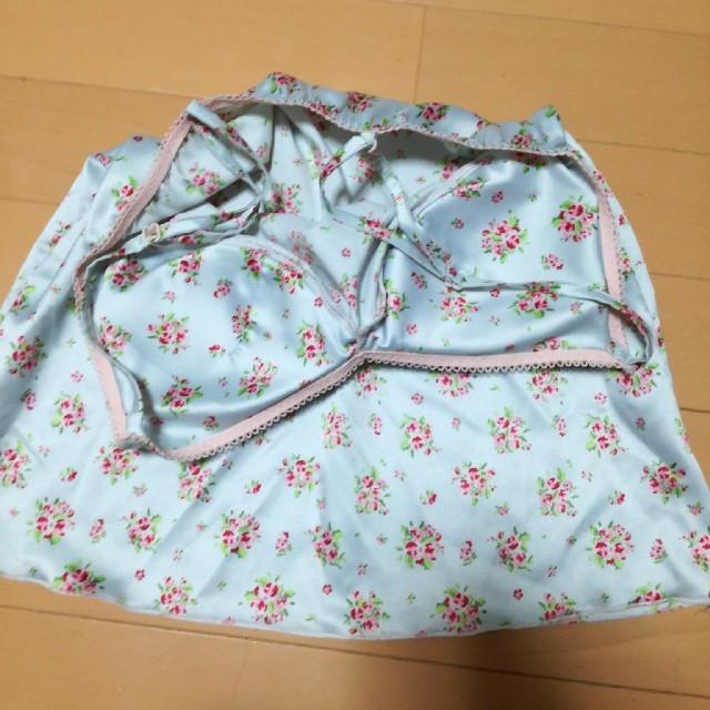 GU(ジーユー)の「美麗様専用」未使用♪GUジーユー M サテンプリント キャミショーパンセット レディースのルームウェア/パジャマ(パジャマ)の商品写真