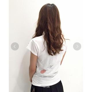 ミスティウーマン(mysty woman)のロゴ&リッププリント旨ポケットTシャツ(Tシャツ(半袖/袖なし))