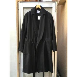シセ(Sise)のsise ダブルカラー裾刺繍ロングコート(ステンカラーコート)
