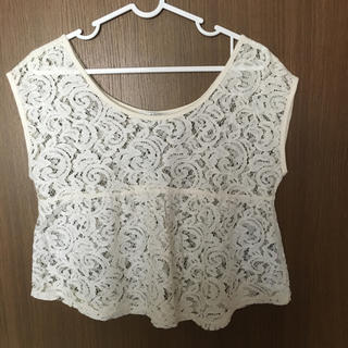 アズール(AZZURE)のアズール レース トップス(Tシャツ(半袖/袖なし))