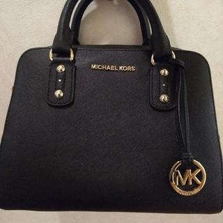 マイケルコース(Michael Kors)の《美品》MICHAEL KORS ハンドバッグ (ハンドバッグ)