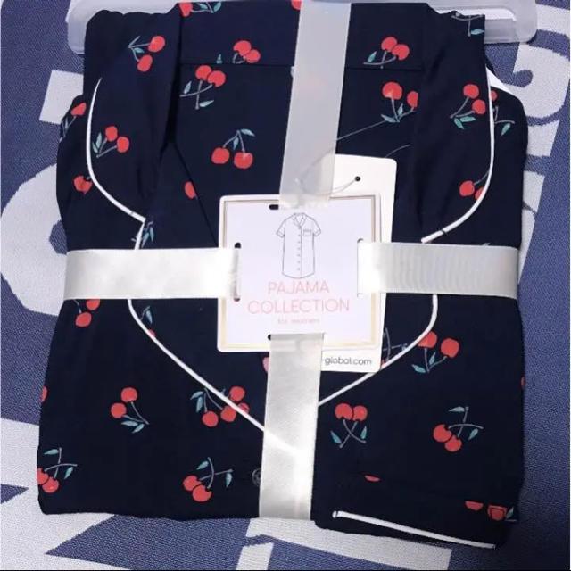GU(ジーユー)のラスト1着‼️‼️チェリーパジャマ✩ネイビー レディースのルームウェア/パジャマ(パジャマ)の商品写真