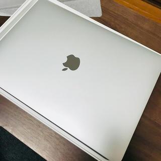 マック(Mac (Apple))のMacBook Pro 2017 Touch Bar搭載 13インチ(ノートPC)