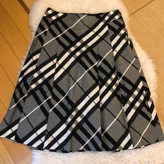 バーバリー(BURBERRY)の超美品バーバリーBurberry上質コットンチェック柄フレアスカート(ひざ丈スカート)