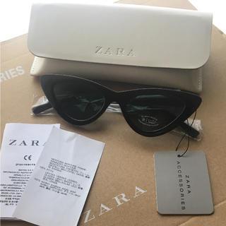 ザラ(ZARA)の完売品 ザラ スリムキャッツアイ サングラス 黒 ブラック モード 眼鏡 KBF(サングラス/メガネ)