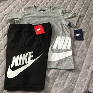 ナイキ(NIKE)の新品NIKE130半袖 Tシャツとハーフパンツ(パンツ/スパッツ)