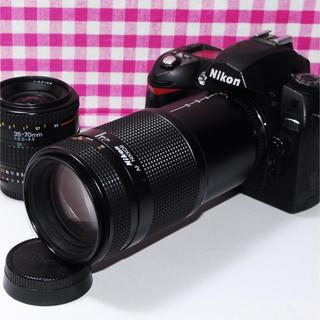 ニコン(Nikon)の⭐️思い出いっぱい⭐️Nikon D70 ダブルズームキット・豪華付属品(デジタル一眼)