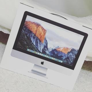 マック(Mac (Apple))のiMac  21.5 LED(デスクトップ型PC)