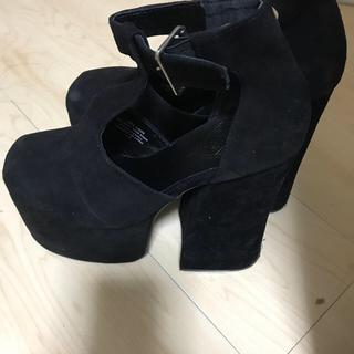 ユニフ(UNIF)のUNIF  厚底靴(ハイヒール/パンプス)