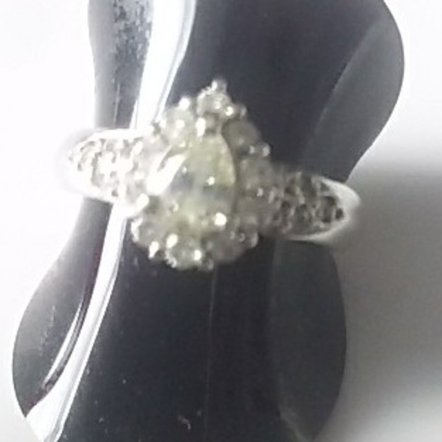 Pt900 38万円購入 ダイヤ リング 6号  D 0.31 0.28 レディースのアクセサリー(リング(指輪))の商品写真