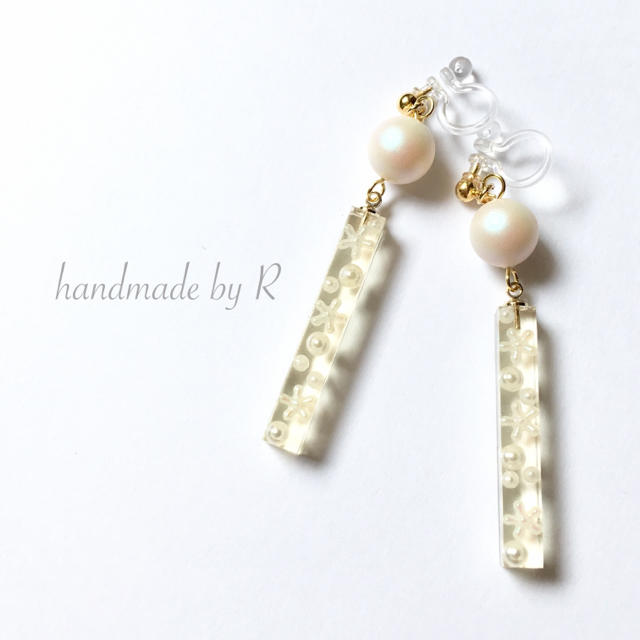 Ice Flower ハンドメイドのアクセサリー(ピアス)の商品写真