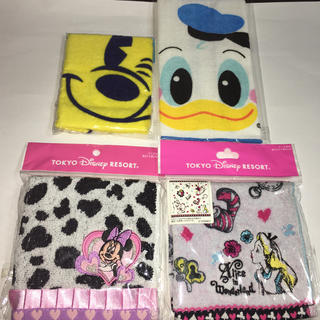 ディズニー(Disney)の 新品 ミッキー&ミニーちゃん&アリス&ドナルドの可愛いタオルハンカチセット (ハンカチ)