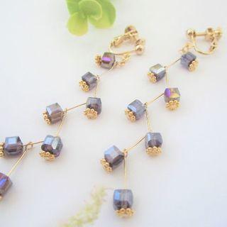 キューブガラスのゆらゆらイヤリング/ピアス(パープル)(イヤリング)