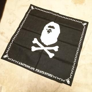 アベイシングエイプ(A BATHING APE)の【未使用】A BATHING APE アベイシングエイプ★バンダナ★黒(バンダナ/スカーフ)