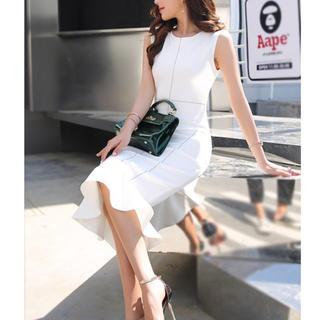 b01eae2d9fd00 リプシー(Lipsy)の 新品 マーメイド ドレス ワンピース タイト ノースリーブ ホワイト M(