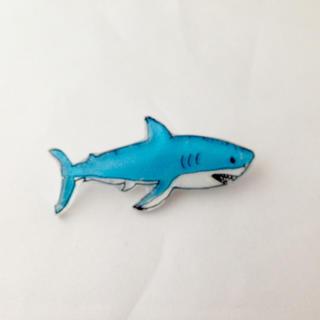 シャーク!なサメさんブローチ