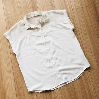 ジーユー(GU)のGU 着痩せブラウス 半袖(シャツ/ブラウス(半袖/袖なし))