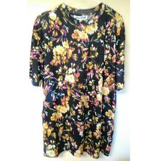 アレキサンダーマックイーン(Alexander McQueen)のMcQ Tシャツ アレキサンダーマックイーン カットソー(Tシャツ/カットソー(半袖/袖なし))