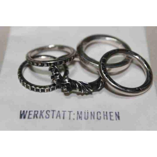 Ann Demeulemeester(アンドゥムルメステール)のワークスタットミュンヘン シルバー 5連 リング スカル Skull メンズのアクセサリー(リング(指輪))の商品写真