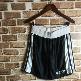 アディダス(adidas)の古着女子に! 90s adidas ハーフパンツ ショートパンツ ロゴ 黒白 O(ショートパンツ)