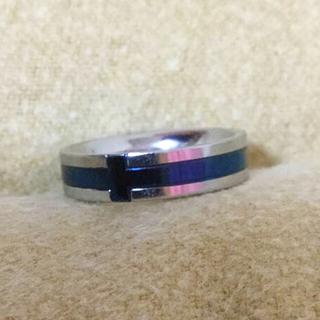 ココン(Cocon)のサージカルステンレスリング ブルー クロス(リング(指輪))
