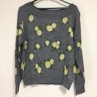 ジーユー(GU)の◎美品◎ 花柄セーター (ニット/セーター)
