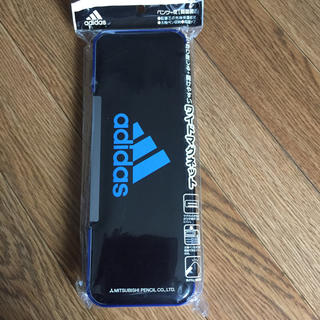 アディダス(adidas)の新品!adidas!アディダス  ペンケース 筆箱  (ペンケース/筆箱)