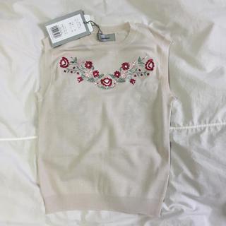 リランドチュール(Rirandture)の新品タグ付 リランドチュール  刺繍ノースリニット (ニット/セーター)