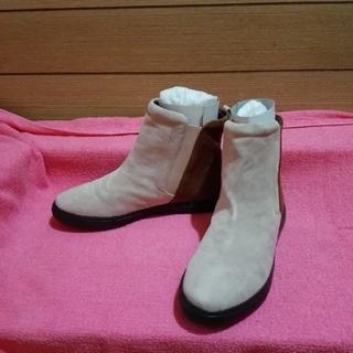 《サイドゴア ショートブーツ》本皮 ショートブーツ 22.5cm(少し大きめ)(ブーツ)