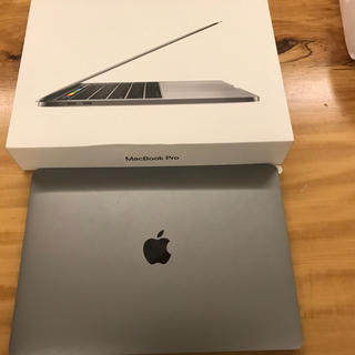 マック(Mac (Apple))のMacBook pro touchbar付き スペースグレイ(ノートPC)
