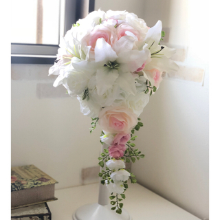 ✳︎人気✳︎白×ピンクのキャスケードブーケ☆(ブーケ)
