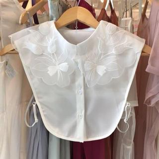 リリーブラウン(Lily Brown)のオーガンジー 付け襟 チューリップ(つけ襟)