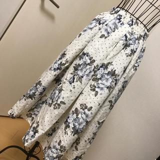 しまむら - 花柄ドットスカート