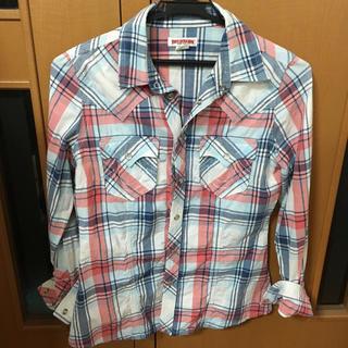 トゥルーレリジョン(True Religion)のレディースシャツ(Tシャツ(半袖/袖なし))
